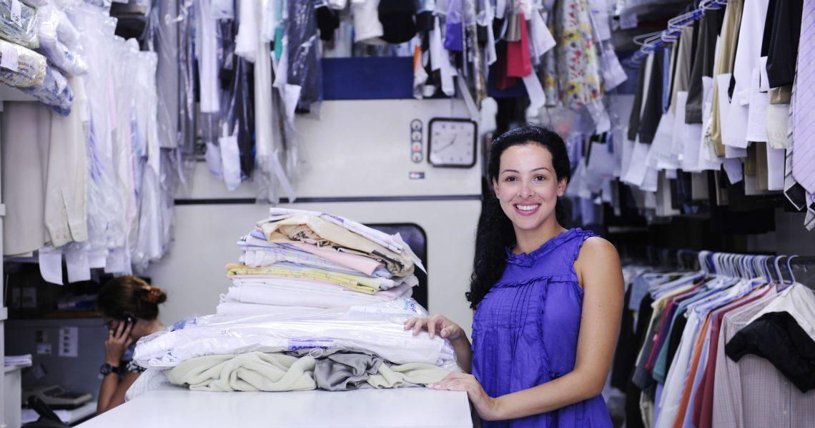 Склады одежды и бижутерии